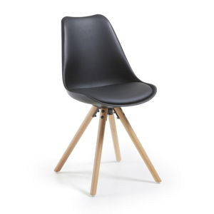 Černá židle s dřevěným podnožím La Forma Lars
