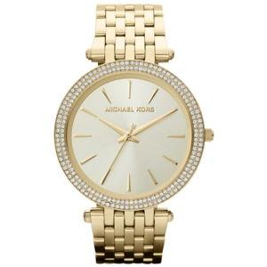 Dámské hodinky ve zlaté barvě lemované kamínky Michael Kors Darci