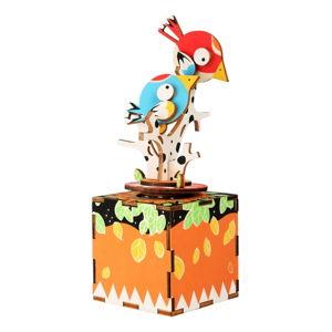Dřevěná muzikální hračka Legler Birds